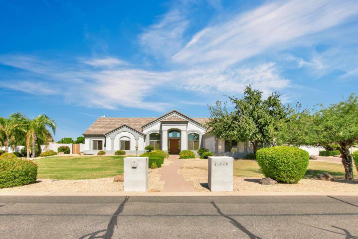 Luxury Homes for sale in Queen Creek, Arizona