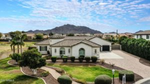 Luxury Gilbert Homes With Guest Homes or Guest Quarters